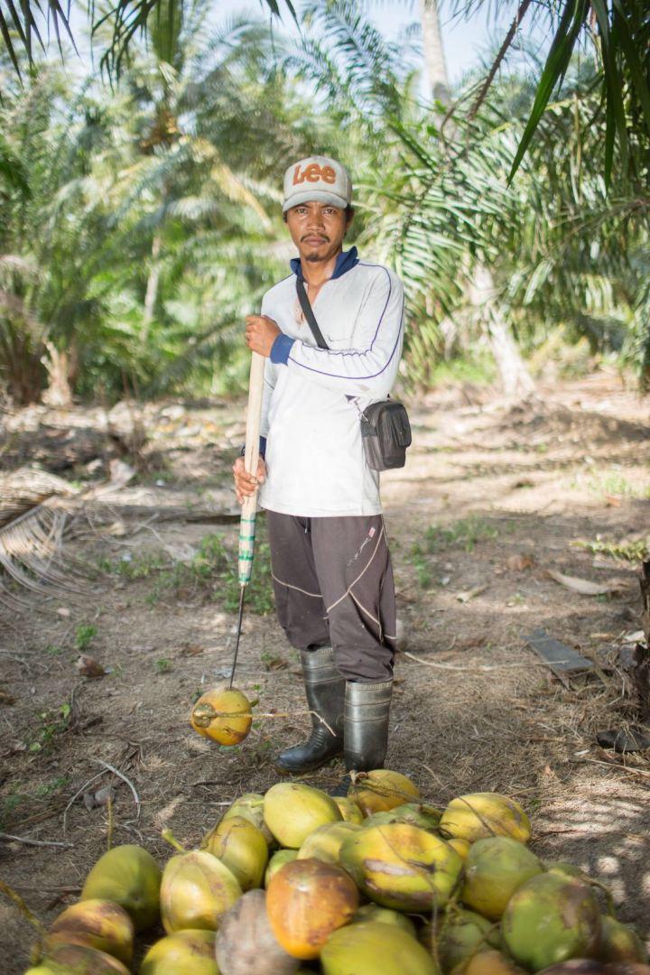 Sabak Bernam worker2.jpg