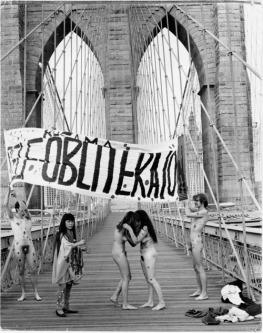 KUSAMA_-_Anti-war_Naked_Happening%u2019__New_York__1968